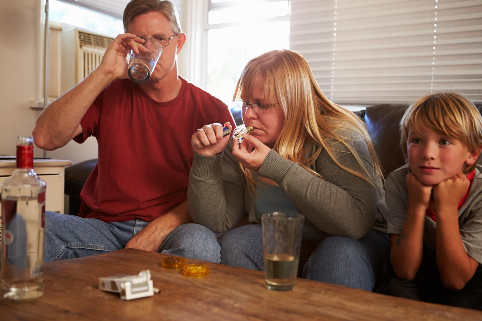 Alcolizzato di marito come messaggi alla moglie con lalcolizzato
